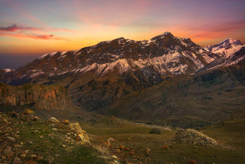 горы,закат,пейзаж Когда уходит солнцеphoto preview