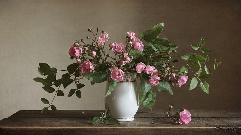 Розовые розыphoto preview