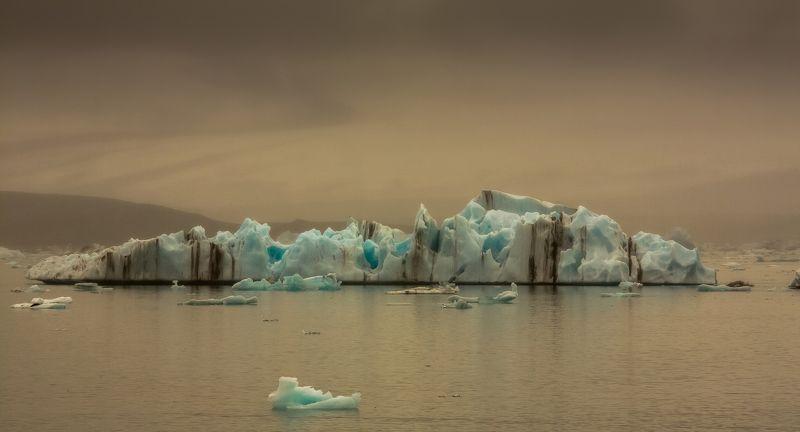 jökulsálon,glacierlagoon,iceland ...photo preview