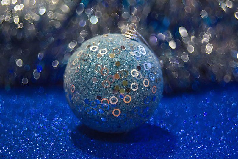 новый год, ёлочные украшения, ёлочные шары, боке, блёстки Новогоднее сумасшествиеphoto preview