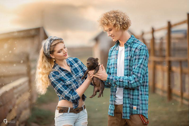 село, деревня, кантри, ферма, пара, свинка, свинья, сельское хозяйство, любовь, парень и девушка Countryphoto preview
