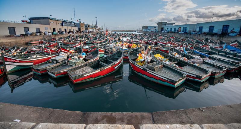 Рыбацкие лодки в Эль - Джадиде фото превью