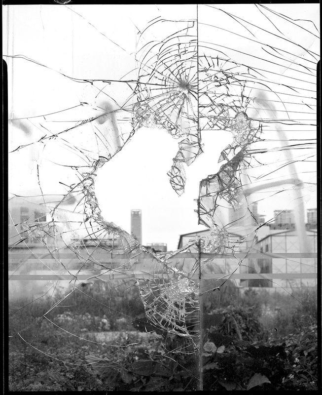 ruins black & whitephoto preview