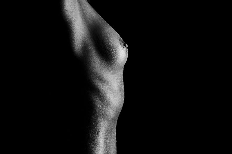 adult, nsfw, budoir, boudoir, sexy, boob, nipple, goose bumps photo preview
