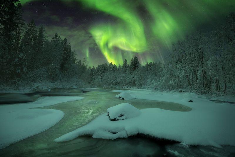 сверное сияние, кольский  полуостров, aurora borealis Зимняя сказкаphoto preview