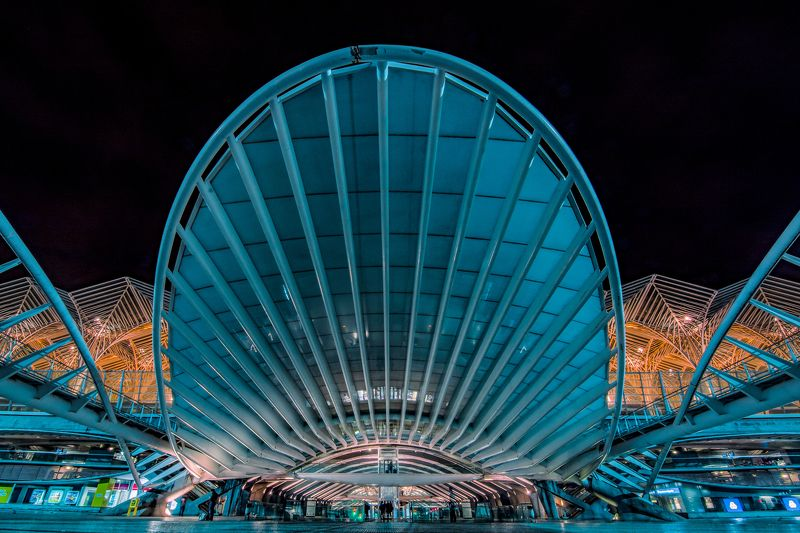 architecture, portugal, lisbon, station, metro, train, bus, lights, nightscape, city Orientephoto preview