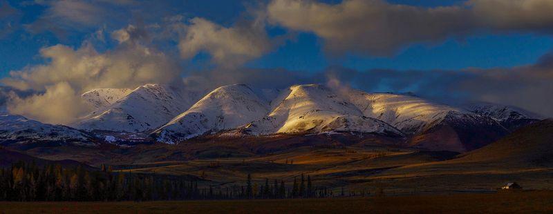 утро, рассвет, свет,  горы, хребет, курайский, вершины, сибирь, алтай Утро в горахphoto preview