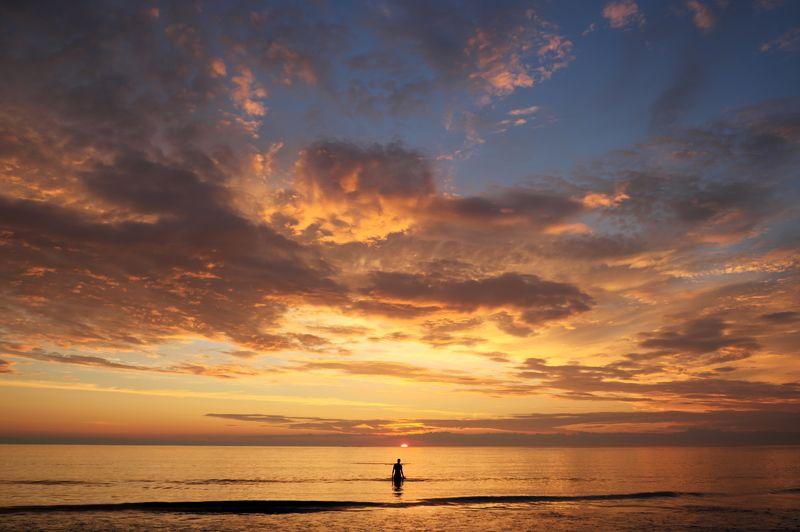 пляж, золото, закат, лофотены, норвегия, beach, gold, dusk, lofotens, norway, Неожиданная Арктика - золотой пляж на Лофотенских островахphoto preview