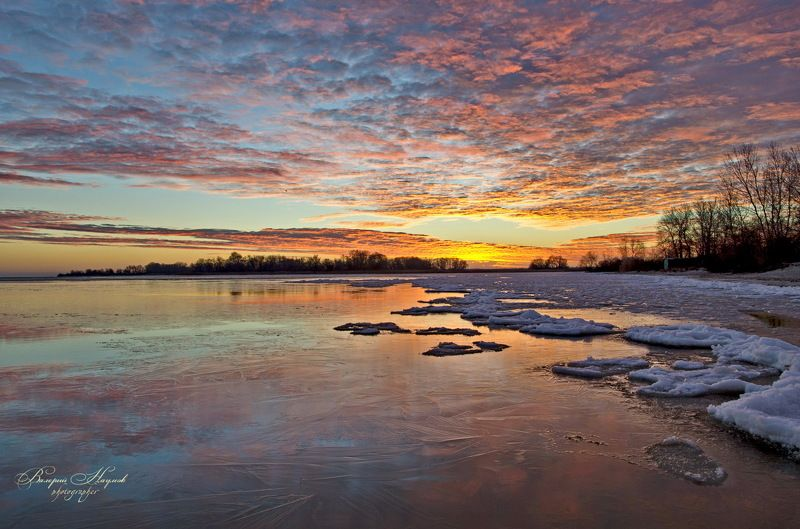 утро, рассвет, река, восход, зима, лёд, снег, отражение Рассвет в багровых тонахphoto preview