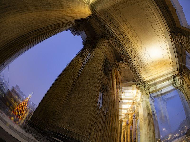 Колонны Казанскогоphoto preview
