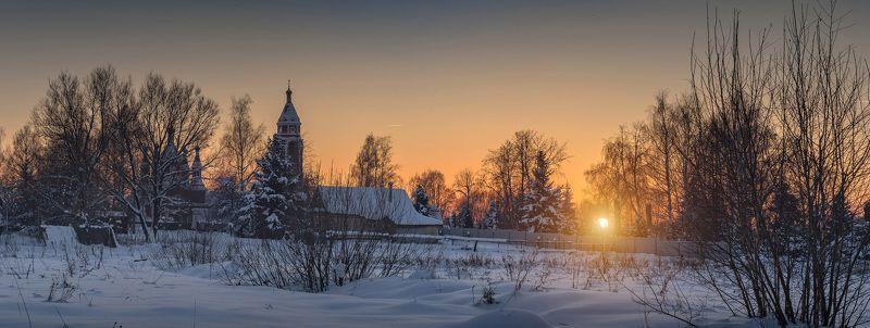 зима,снег,закат,подмосковье,вера Садится солнца диск усталоphoto preview