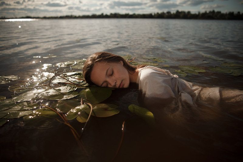 Сны на водеphoto preview