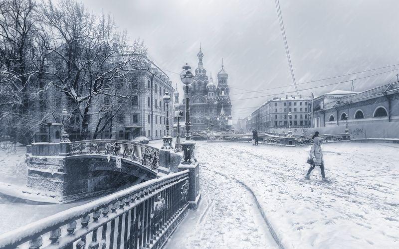 город,зима,снег,люди,снегопад Снежный день.photo preview