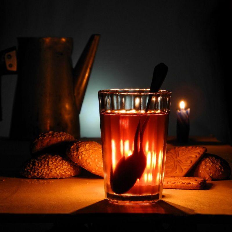 чай свеча печенье Офонаревший чай.photo preview