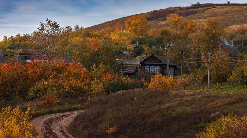 В деревеньке осень...photo preview