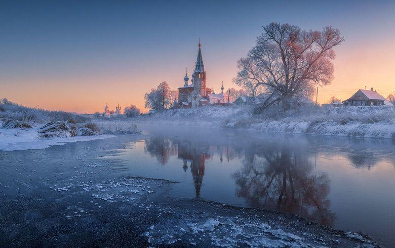 дунилово, село, ивановская область, река, теза, мороз, иней, отражения, храм Морозные отраженияphoto preview