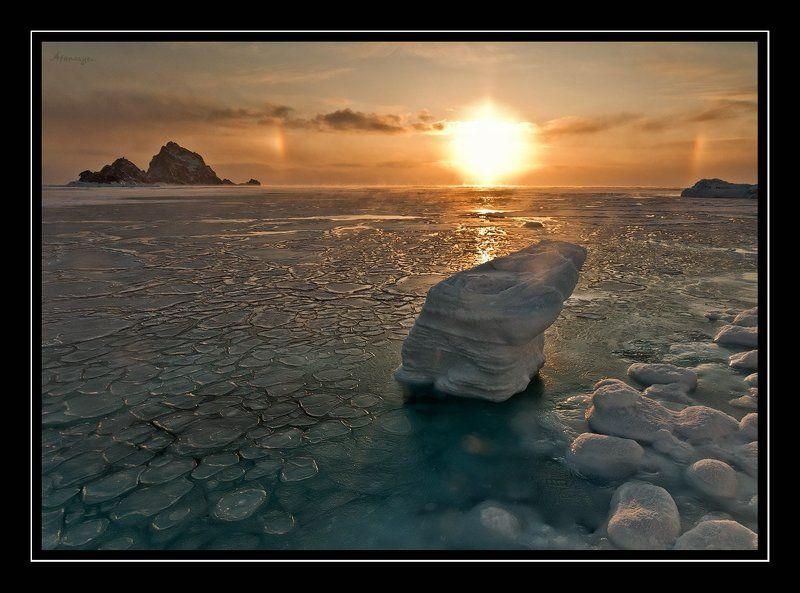 магадан, три брата, охотское море, лед, рассвет, гало, солнце, снег, море Утро Охотского моряphoto preview