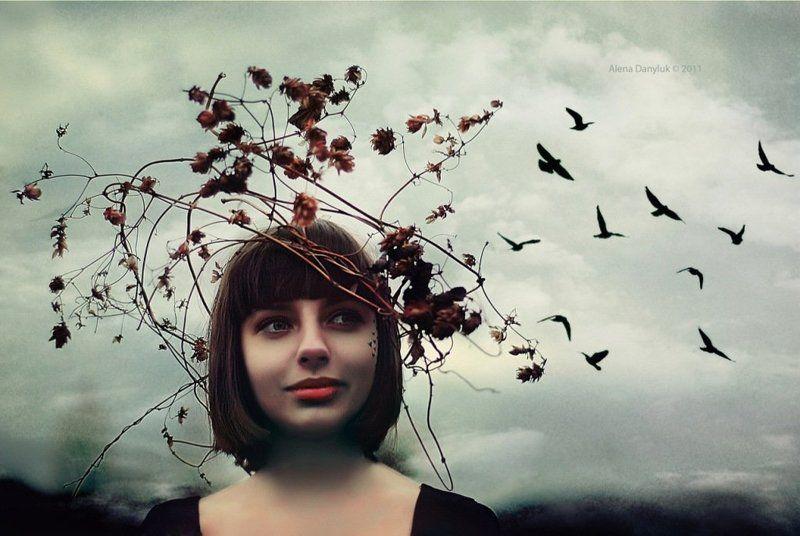 Мысли, словно птицы в голове порхают...photo preview