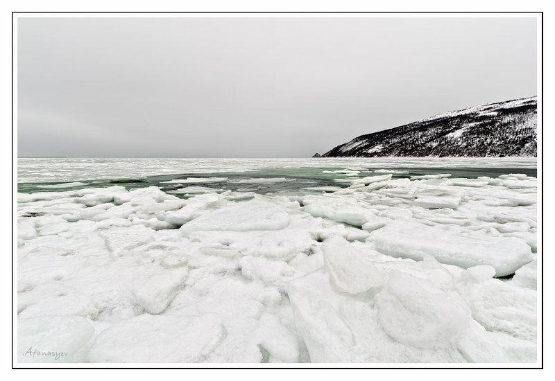 магадан, охотское море, вечер, снег, лед, ручей веселый, сопки, пейзаж Царит над грешным миром тишина....photo preview