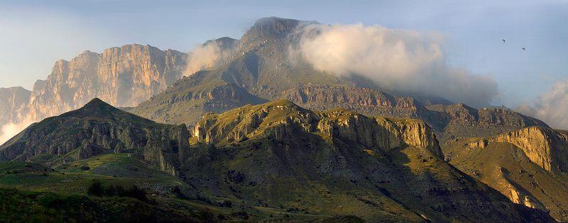 кбр, чегемское ущелье, горы, облака, лошади, радуга Актопрак. Осеннее настроение...photo preview