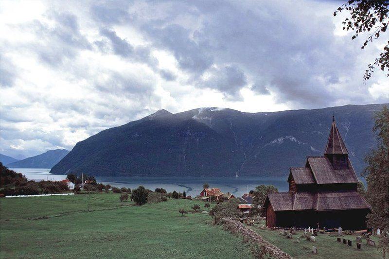 лютеранская, церковь, фъорд, горы, , небо, норвегия Там где жили викингиphoto preview