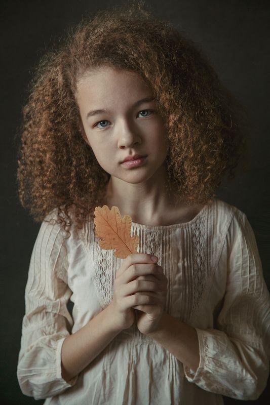 Девочка, грусть, портрет, настроение, осень  Алинаphoto preview