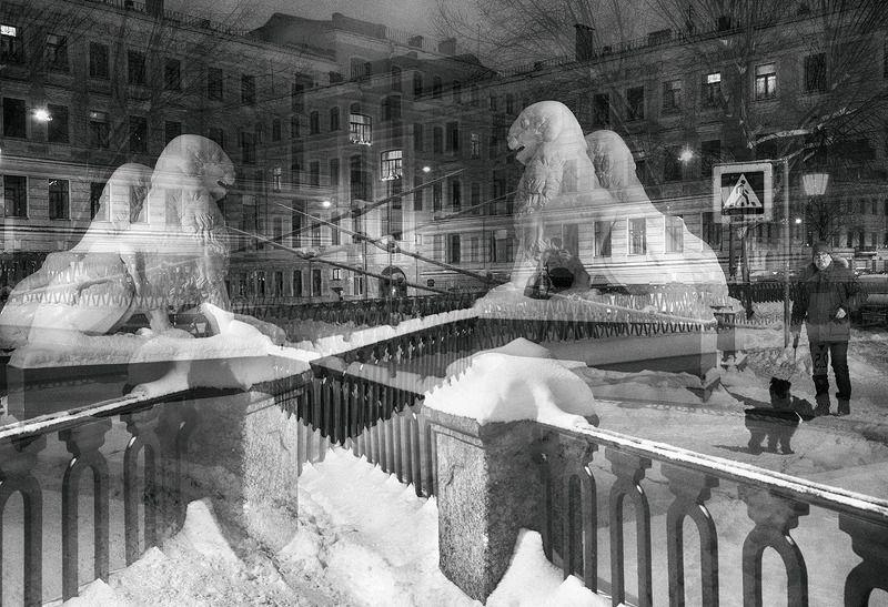 санкт-петербург, канал грибоедова, львиный мостик Хранителиphoto preview