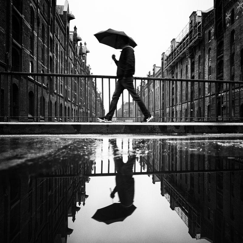umbrella, rain, water, puddle, hamburg, germany Streets of Hamburgphoto preview