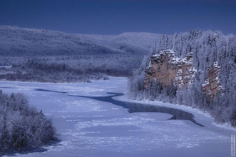ночь, зима, лунный свет, река, вишера, скала, камень говорливый, пермский край Камень Говорливыйphoto preview