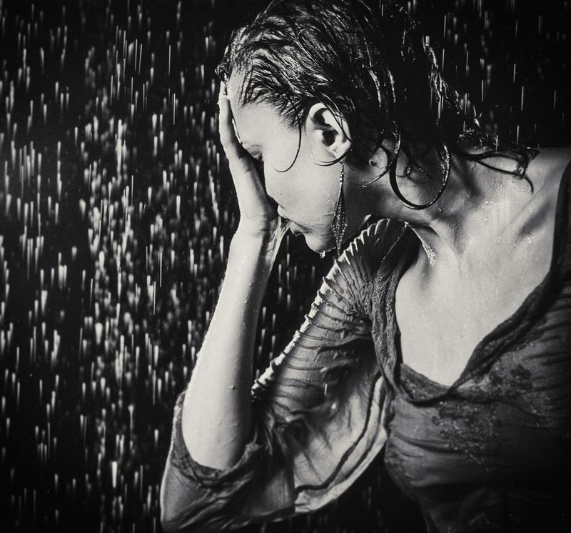 feelings, emotion, tears, rain, oksana, chucha, aqua studio, aqua photography, crying Crying as it hits the ground...photo preview