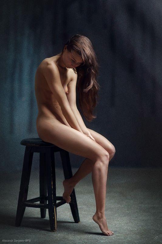ню,девушка,обнажённая,студия,настроение,этюд Этюд о грустиphoto preview