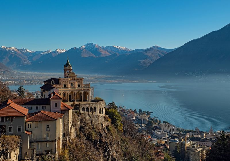 cathedral, church, lake, madonna, switzerland, lago maggiore, locarno, собор, церковь, локарно, швейцария [madonna del sasso]photo preview