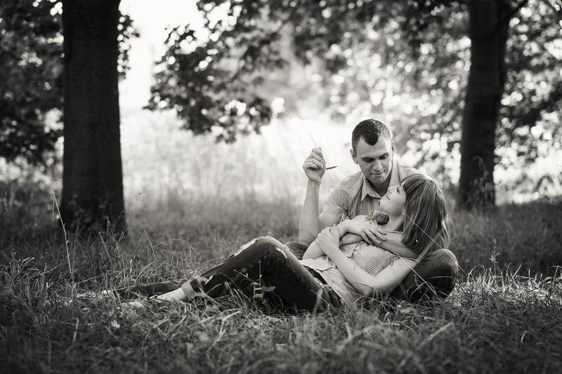 прогулка, любовь, он, она, портрет, чб Летний вечерphoto preview