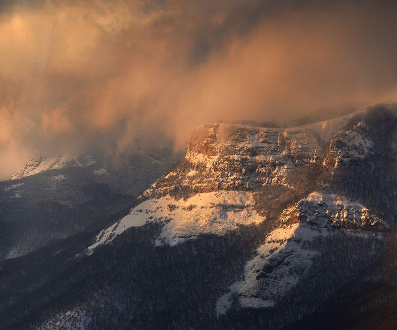 крым, демерджи, южная демерджи, северная демерджи, долина привидений, зима Козырек Северной Демерджиphoto preview