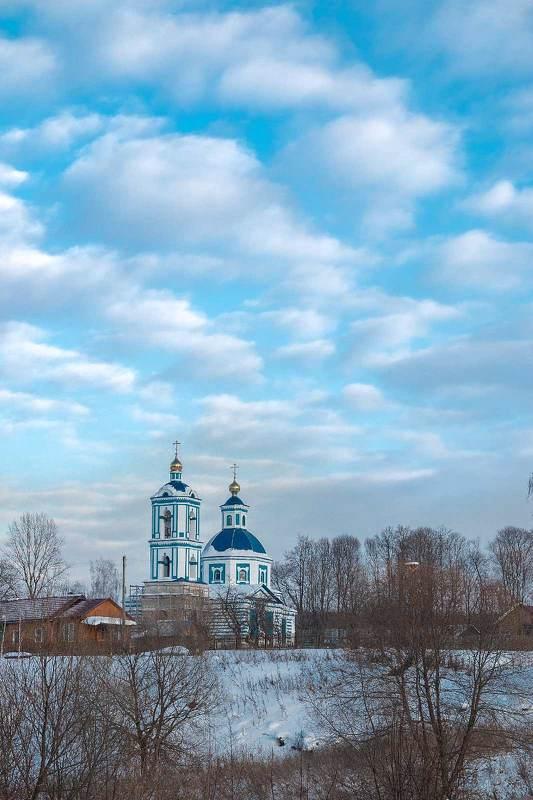 Обновлённая церковьphoto preview