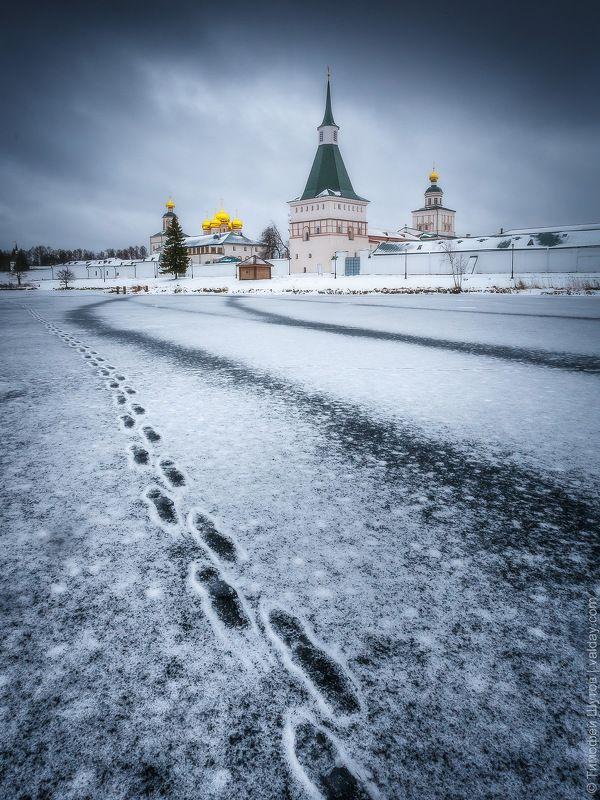 иверский монастырь, валдай «На службу»photo preview