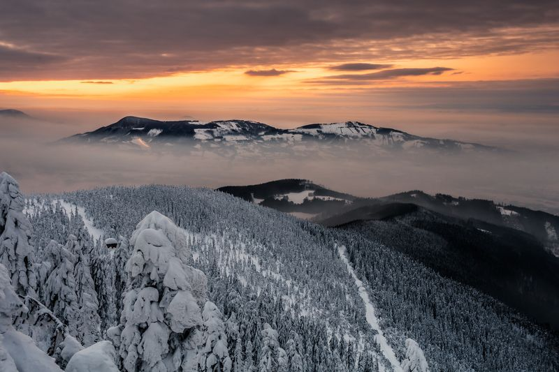 lysa hora, beskids, mountains, snow, winter, sunset, sunrise photo preview