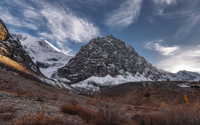 горный алтай, осень, ледник большой актру, малый актру, голубое озеро, озеро Восхождение к Голубому озеру.photo preview