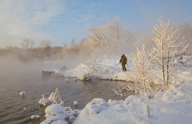 озеро, горячка, зима, рыбак, рыбалка За карасём на зимнюю Горячкуphoto preview
