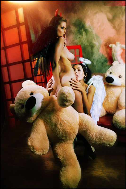 lucastudio, nude Teddy Bear ©photo preview