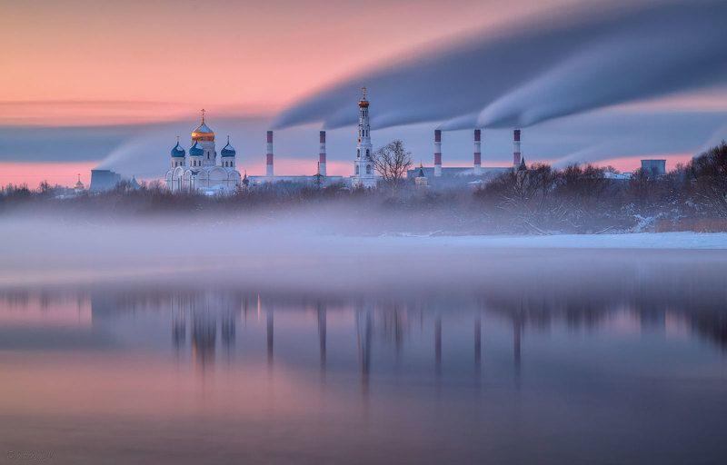 дзержинский, московская область, тэц, трубы, дым, река, монастырь Параллели фото превью