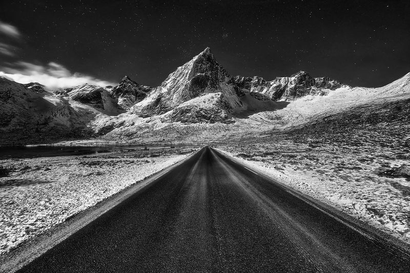 norway, winter, black, night, mountain On the wayphoto preview