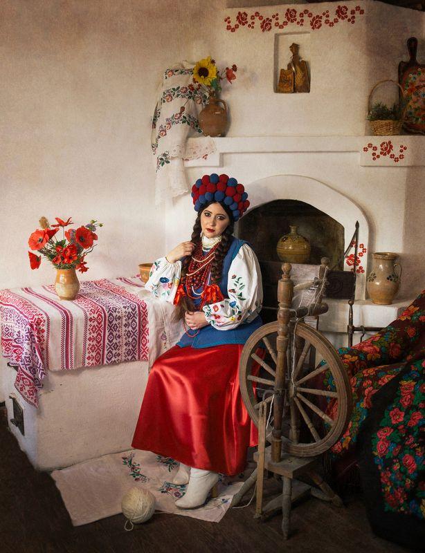 украинка, українка, национальныйкостюм, девушка Україночкаphoto preview