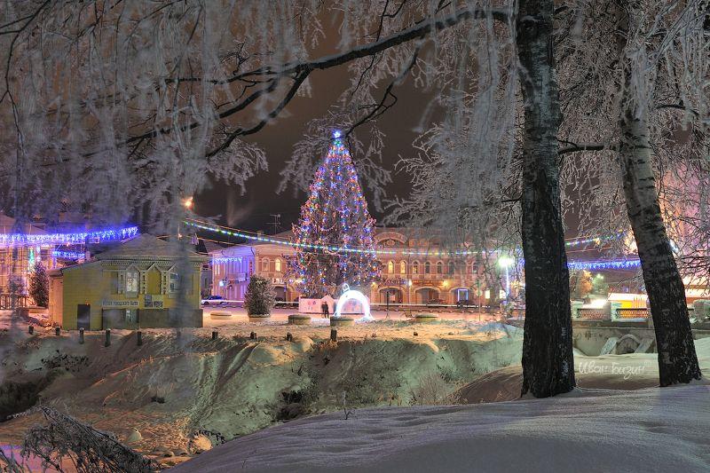 углич, зима, ночь, мороз, снег Новогодний Угличphoto preview