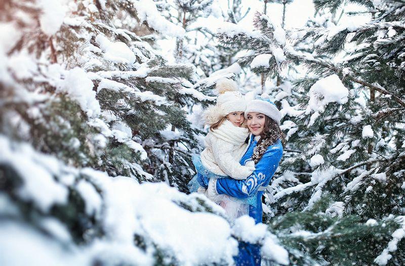 зима снег снегурка портрет Снегурочкиphoto preview
