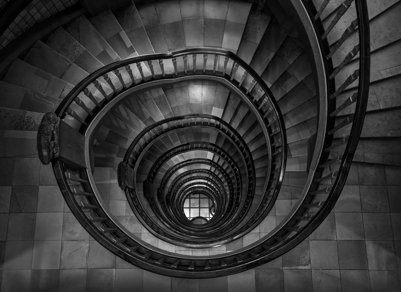 Spiral staircasesphoto preview