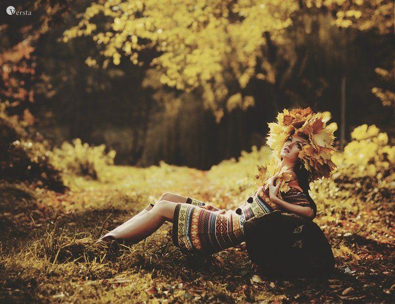 осень, дівчина, жінка, натхнення, солнце «Натхнення, в осені шукала, Думки в віночок заплітала, І щастя врешті віднайшла…»photo preview