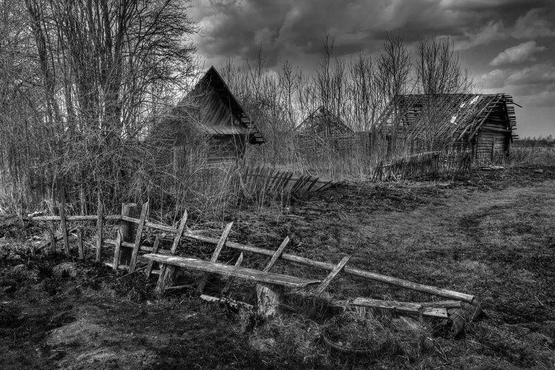 деревня, разруха Геометрия старостиphoto preview