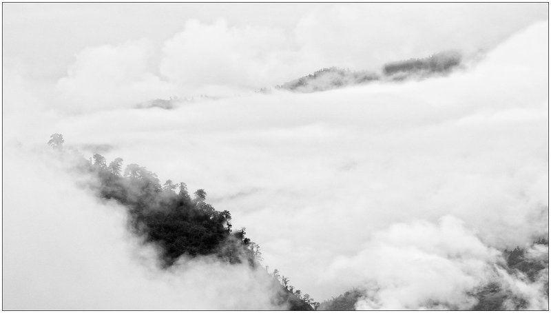 горы,гималаи,облака,туман Pandoraphoto preview