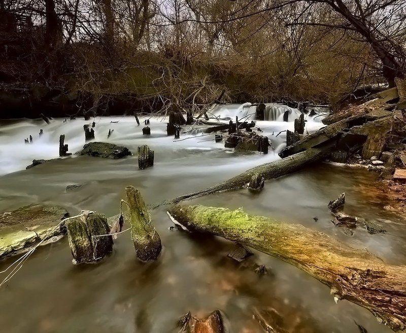 природа, пейзаж остатки водяной мельницыphoto preview